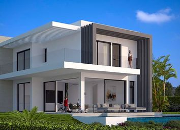 Thumbnail 3 bed chalet for sale in Avenida Pernet 29688, Estepona, Málaga