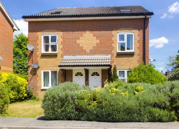 2 bed maisonette to rent in Grovelands Place, Reading, Berkshire RG30