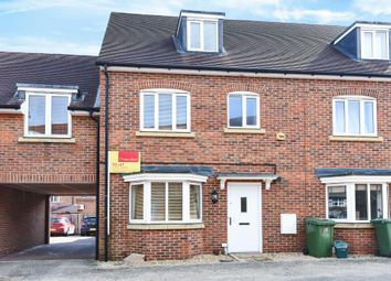 Thumbnail 4 bedroom town house to rent in Barberi Close, East Oxford