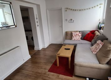 Thumbnail 1 bed flat to rent in Gillespie Road, Islington