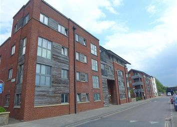 Thumbnail 3 bed flat to rent in The Plaza, City Centre, Bristol