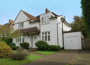 Thumbnail 4 bedroom detached house for sale in Broadwater Avenue, Letchworth Garden City, Hertfordshire