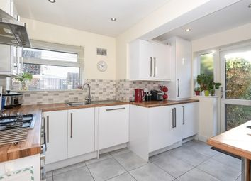 Thumbnail 4 bed bungalow to rent in Alderwood Drive, Abridge, Romford