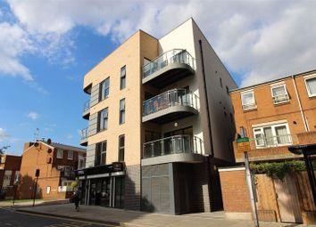4 bed flat to rent in Boleyn Road, Dalston, London N16