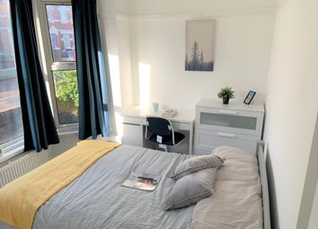 Thumbnail Room to rent in Devonshire Road, Southampton