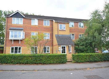Donald Woods Gardens, Surbiton, Surrey. KT5. 2 bed flat