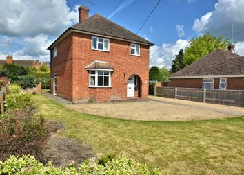 Thumbnail 3 bed property to rent in Manor Crescent, Didcot