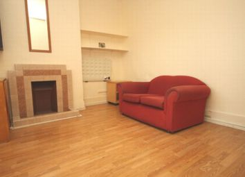 Thumbnail 1 bed flat to rent in High Road, Woodside Park