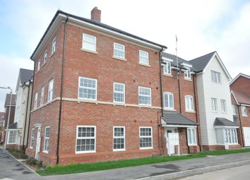 Thumbnail 2 bed flat to rent in Jasmine Square, Woodley, Reading