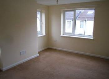 Thumbnail 2 bed flat to rent in Park Crescent Place, Brighton