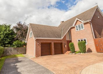 Thumbnail 5 bed detached house for sale in Deerlands Road, Wingerworth, Chesterfield