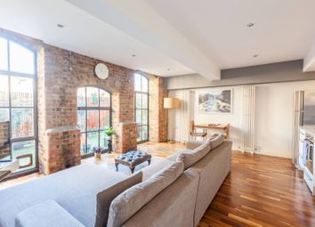 Thumbnail 2 bed flat to rent in Victoria Park, Victoria Park