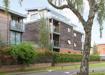 Thumbnail 2 bed flat for sale in Meadow Road, Henley-On-Thames, Oxfordshire