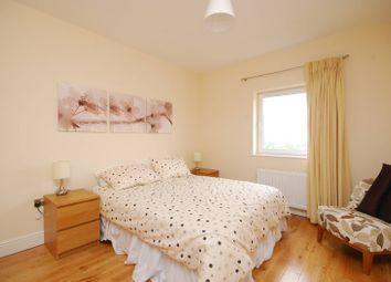 Thumbnail 3 bed flat for sale in Ballards Lane, Finchley, London
