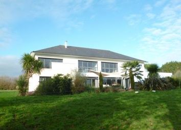 Thumbnail 6 bed terraced house for sale in Vannes, Questembert (Commune), Questembert, Vannes, Morbihan, Brittany, France