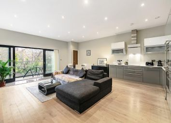 Josephine Avenue, London SW2. 2 bed flat for sale