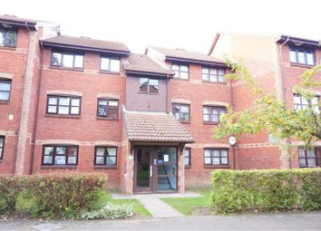 Thumbnail 2 bed flat to rent in Lowry Crescent, Mitcham