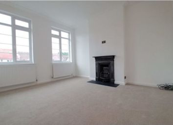 Thumbnail 2 bed flat to rent in Woodhouse Road, Friern Barnet
