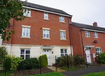 Thumbnail 4 bed town house to rent in Oakworth Close, Hadley
