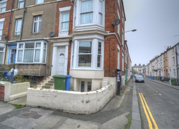 Thumbnail 2 bed flat to rent in Aberdeen Street, Scarborough
