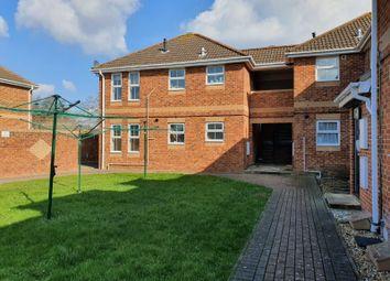 2 bed flat to rent in Crane Close, Gosport PO13