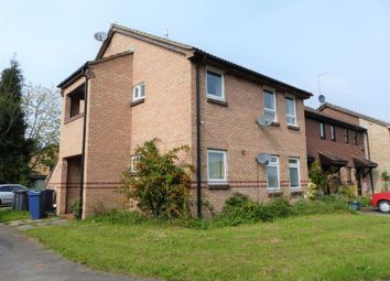 Thumbnail 1 bed flat to rent in Hellyer Way, Bourne End