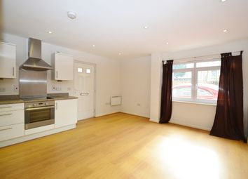 Thumbnail 2 bedroom flat to rent in Maple Road, Surbiton