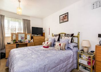 2 bed flat for sale in Bentons Lane, West Norwood, London SE27