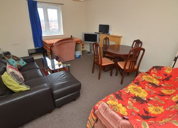 Thumbnail 2 bedroom flat to rent in Firedrake Croft, Coventry