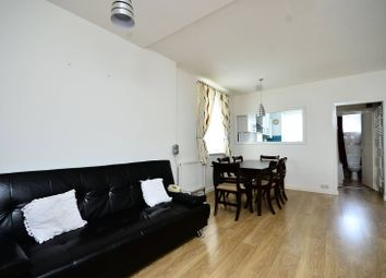 Thumbnail 3 bed flat to rent in Drake House, Stepney
