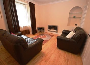 Thumbnail 2 bed flat to rent in Simon Square, Edinburgh EH8,