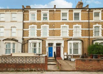 Thumbnail 3 bed flat for sale in Stoke Newington Common, London