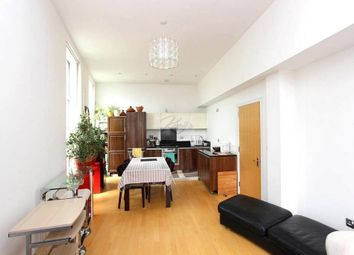 Thumbnail 3 bed flat to rent in Great West Road, Brentford