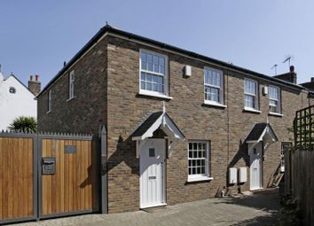Thumbnail 2 bed detached house to rent in Thornton Road East, Wimbledon, London