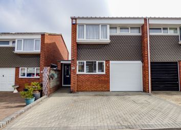 Ivy Close, Gravesend, Kent DA12. 3 bed semi-detached house