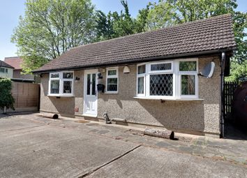 Southbourne Grove, Westcliff-On-Sea SS0. 1 bed bungalow