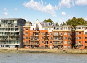Thumbnail 2 bed flat for sale in Belvedere House 130 Grosvenor Road, London