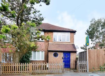 Thumbnail 2 bed maisonette to rent in Oak Avenue, Muswell Hill, London