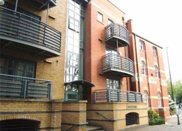 3 bed maisonette to rent in Redcliff Backs, Redcliffe, Bristol BS1