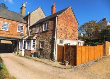 Thumbnail 2 bed property for sale in Church Street, Faringdon