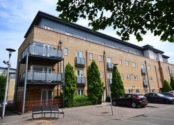 Thumbnail 2 bed flat for sale in Manhattan Avenue, Watford