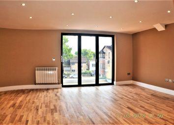 Thumbnail 2 bedroom flat to rent in London Road, Kingston