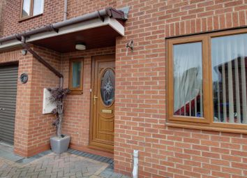 Thumbnail 4 bed detached house for sale in Villa Fields, Snaith, Goole