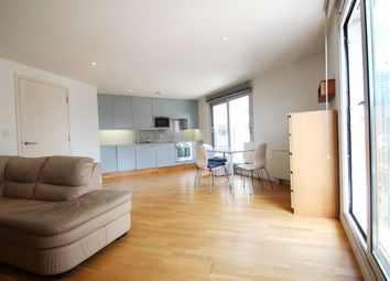 Thumbnail 2 bed flat to rent in Goswell Road, Clerkenwell