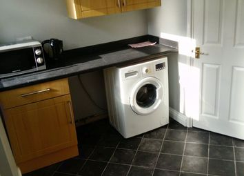 Thumbnail 1 bed property to rent in Large Double Room, Parking, Garden, Wifi!