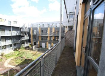 Thumbnail 2 bed flat to rent in 133 Axminster Road, Islington