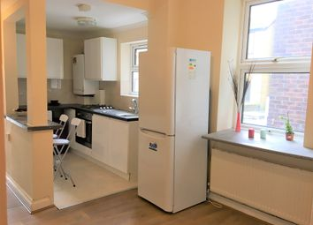 Thumbnail 2 bed flat to rent in Uxbridge Road, West Ealing, London