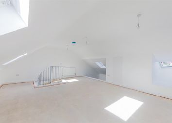 Thumbnail 2 bed flat for sale in Hawthorn Road, Bognor Regis