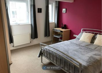 Thumbnail Room to rent in Lakeview Way, Hampton Centre, Peterborough