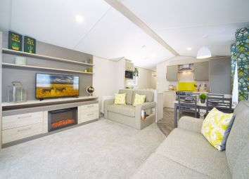 Newquay TR8. 2 bed property for sale